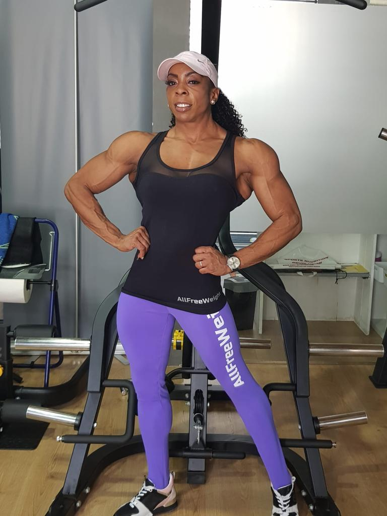 Yesenia García, atleta IFBB Elite Pro