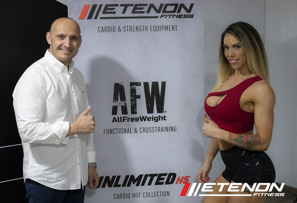 Rafael Rodriguez (Etenon Fitness) y Cristina Bago