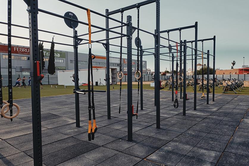 jaula crossfit al aire libre