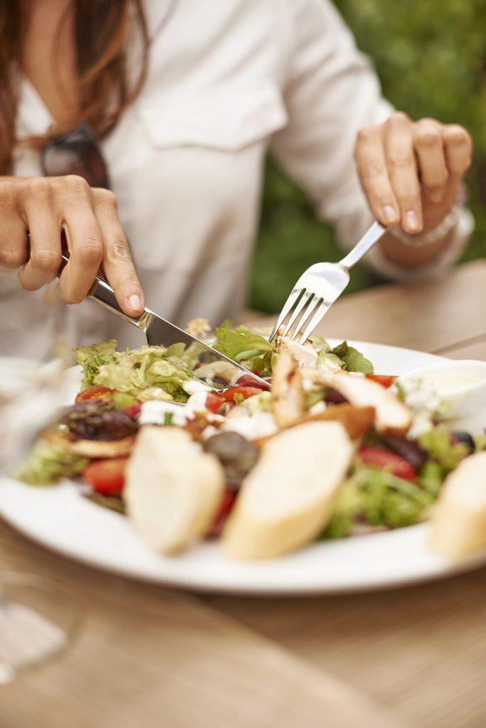 Una buena ensalada siempre será un acompañamiento perfecto a nuestras comidas.